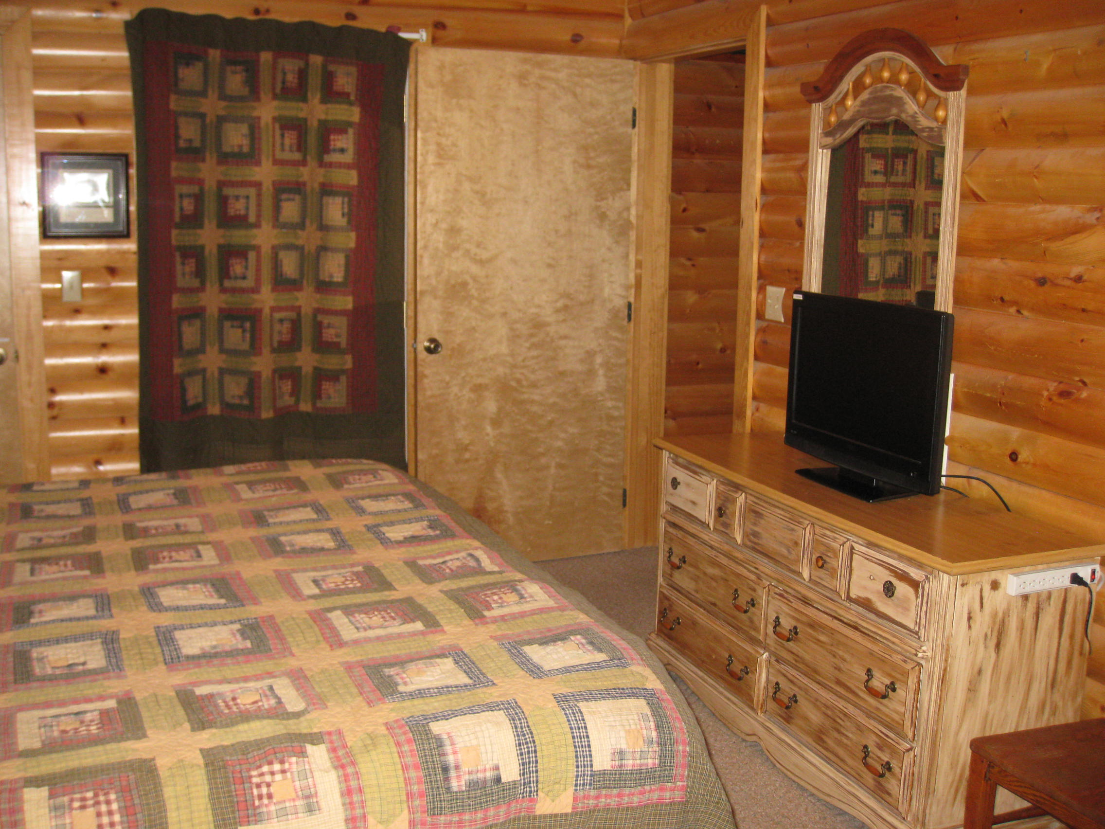 logcabin for over htm nightly hold cabins condos cabin mouse rental branson condo